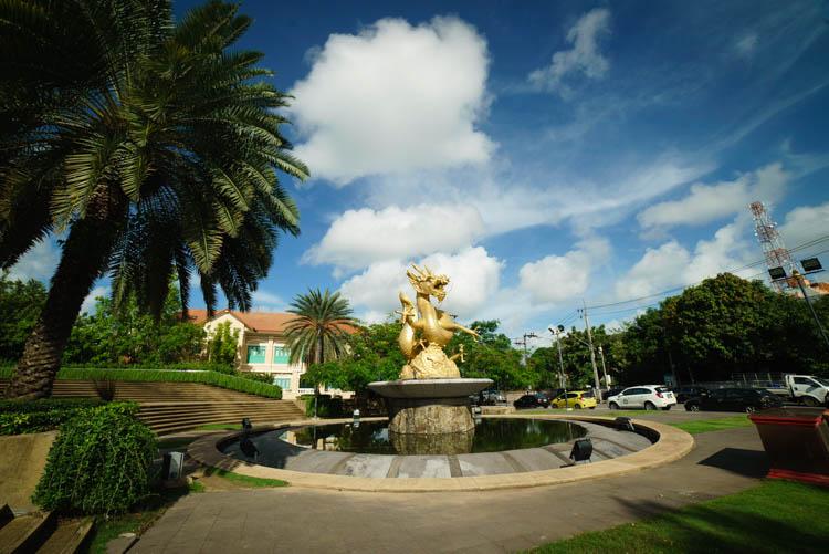 Golden dragon monument